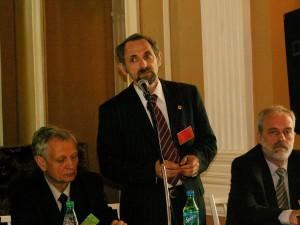 """Дунаевский Г. Е. на открытии первой конференции """"АПР"""", 2006г."""