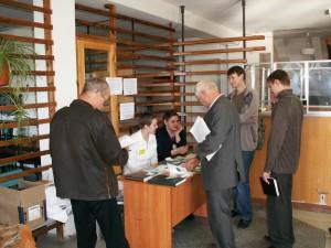 """Во время регистрации на первую конференцию """"АПР"""", 2006 г."""
